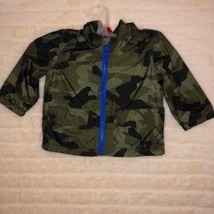 GAP Jackets & Coats - NWT BABY GAP CAMO RAIN COAT ZIP SOFT LINING 6-12mo